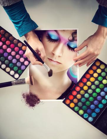 Uma revista feminina declara guerra ao Photoshop