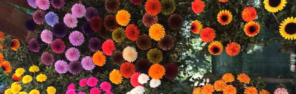 Posso decorar a casa com flor artificial?